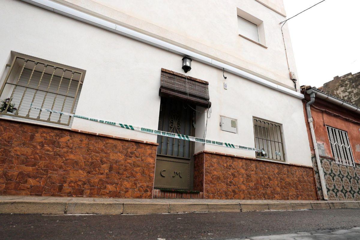 Vivienda de la localidad de Manuel (Valencia) donde, según el detenido, falleció Marta