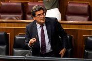 Madrid, 03/06/2020. El ministro Jose Luis lt;HIT gt;Escriva lt;/HIT gt; durante la sesion de control al gobierno en el Congreso de los Diputados, que hoy aprueba una prorroga del estado de alarma, en vigor desde el pasado 14 de marzo a causa de la pandemia por Coronavirus (Covid-19). foto: POOL / Alberto Di Lolli