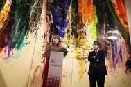 La consejera Patricia del Pozo y Antonio Pulido, en la presentación de la exposición de Eduardo Hoffmann.