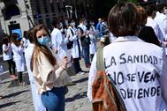 Minuto de silencio de sanitarios, en la Puerta del Sol de Madrid.