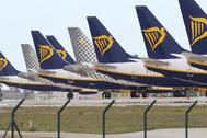 Aviones en el aeropuerto de Málaga, que empieza a recobrar la actividad.