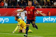 Cazorla celebra un gol en la fase de clasificación de la Euro.
