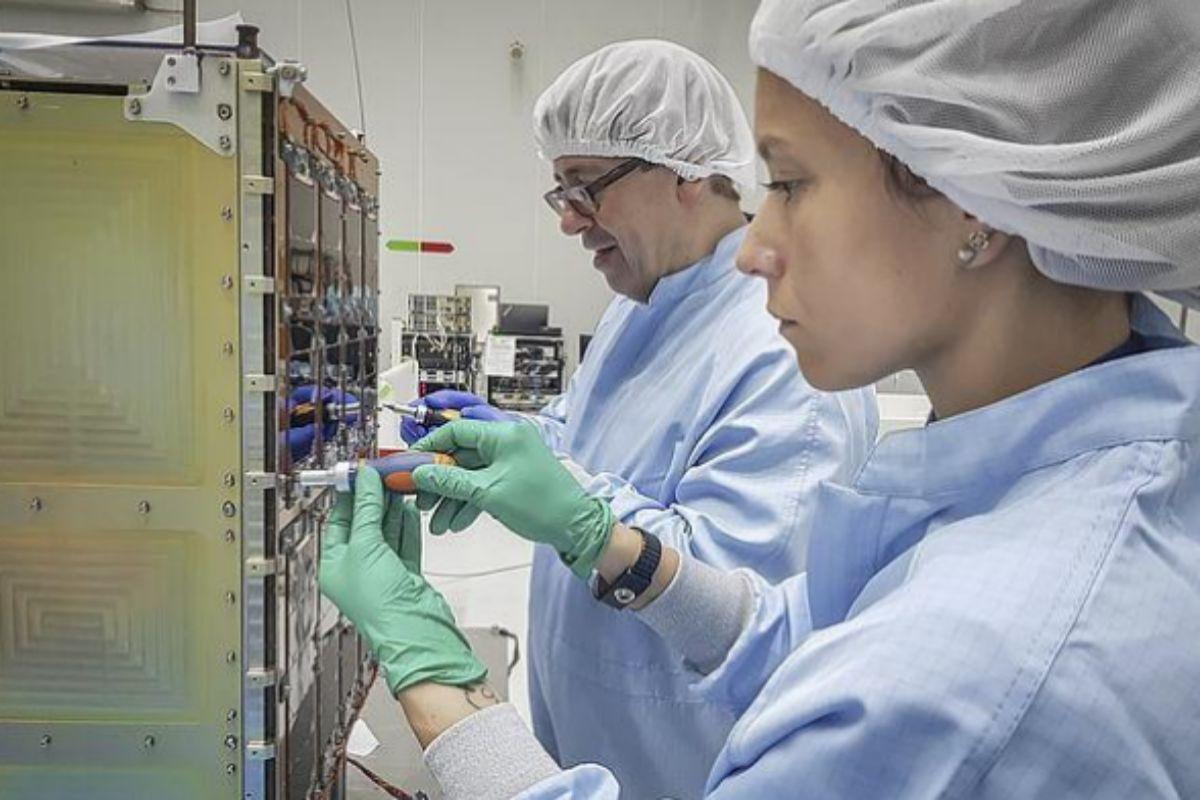 El satélite será lanzado en un cohete Vega
