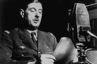 General Charles de lt;HIT gt;Gaulle lt;/HIT gt; (1890 - 1970) in London delivering his historical speech asking French people to fight Germany in spite of the Truce signed by Marchall Petain with Hitler. (Photo by Hulton Archive/Getty Images)