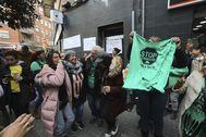 Movilización de la PAH contra un desahucio en L'Hospitalet.