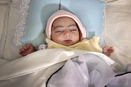 Maryan, el último milagro de la maternidad que cierra en Kabul
