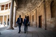 Juan Manuel Moreno y Juan Marín, este martes en el Palacio de Carlos V de la Alhambra.