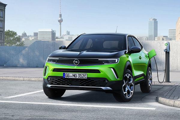 El Opel Mokka llega a su segunda generación con una versión eléctrica pura