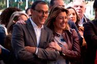 El secretario general del PSOE de Huelva, Ignacio Caraballo, y la secretaria general del PSOE andaluz, Susana Díaz.