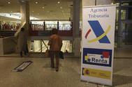 Oficina de Hacienda durante la campaña de la renta