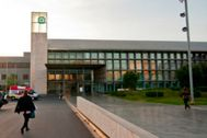 Acceso principal al Hospital Provincial de Castellón.