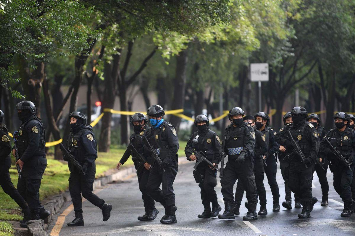 Despliegue policial tras el intento de asesinato de Omar Garcia Harfuch en Ciudad de México.