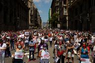 Manifestación bajo el lema 'Vamos a salir', este sábado, en Barcelona.