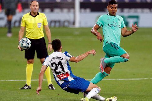 En directo: Gol de Casemiro al Espanyol tras un fabuloso taconazo de Benzema