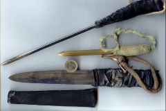 Las armas de fabricación casera incautadas a los presos.