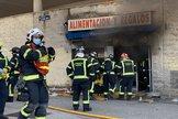 Muere en un incendio el propietario de una tienda de alimentación tras agredir a la inquilina por no pagar el alquiler