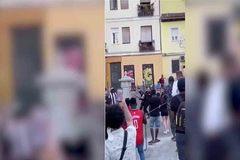 Tres policías heridos al ser golpeados durante una intervención en Lavapiés
