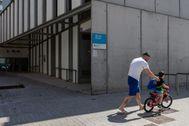 Alumnos sin mascarilla ni distancia de seguridad en las aulas catalanas el próximo curso