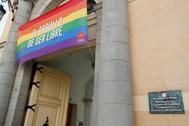 Bandera LGTBI, en la sede de la Vicepresidencia de la Comunidad