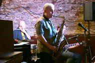 El saxofonista Scott Hamilton.