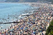 La playa de Bournemouth, el 25 de junio.