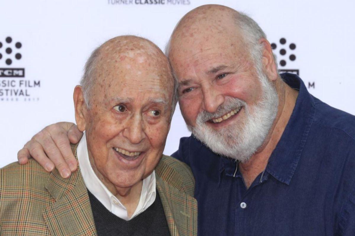 Muere Carl Reiner, el director de las comedias de Steve Martin y pionero de la comedia en televisión