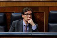 MADRID.- El ministro de Sanidad, Salvador lt;HIT gt;Illa lt;/HIT gt;, durante el pleno que este jueves se celebra en el Congreso.