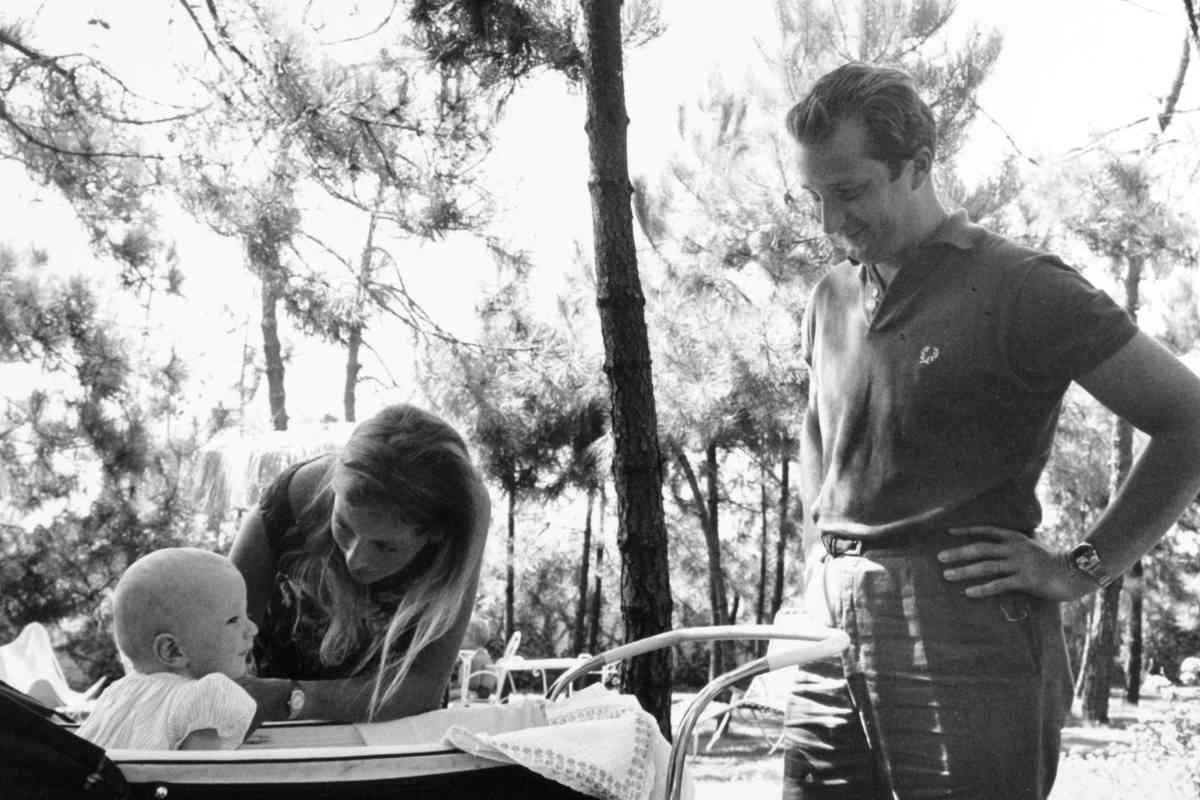 Los belgas, con su hijo Lorenzo, en 1964.