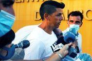 Sergio Ruiz, tras su salida de la cárcel de Albolote.