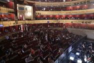 Y el telón del Teatro Real volvió a alzarse