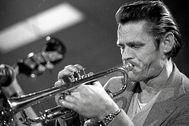 El trompetista Chet Baker
