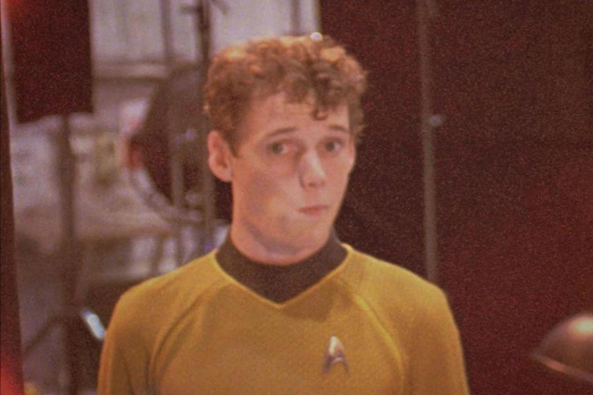 Anton Yelchin en un momento del rodaje de 'Star Trek'.