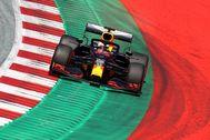 Verstappen, durante la clasificación del sábado en el Red Bull Racing.