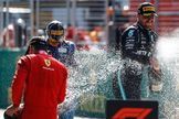 Un reinicio de ensueño: Bottas vence en una formidable carrera que premia a Leclerc y Norris