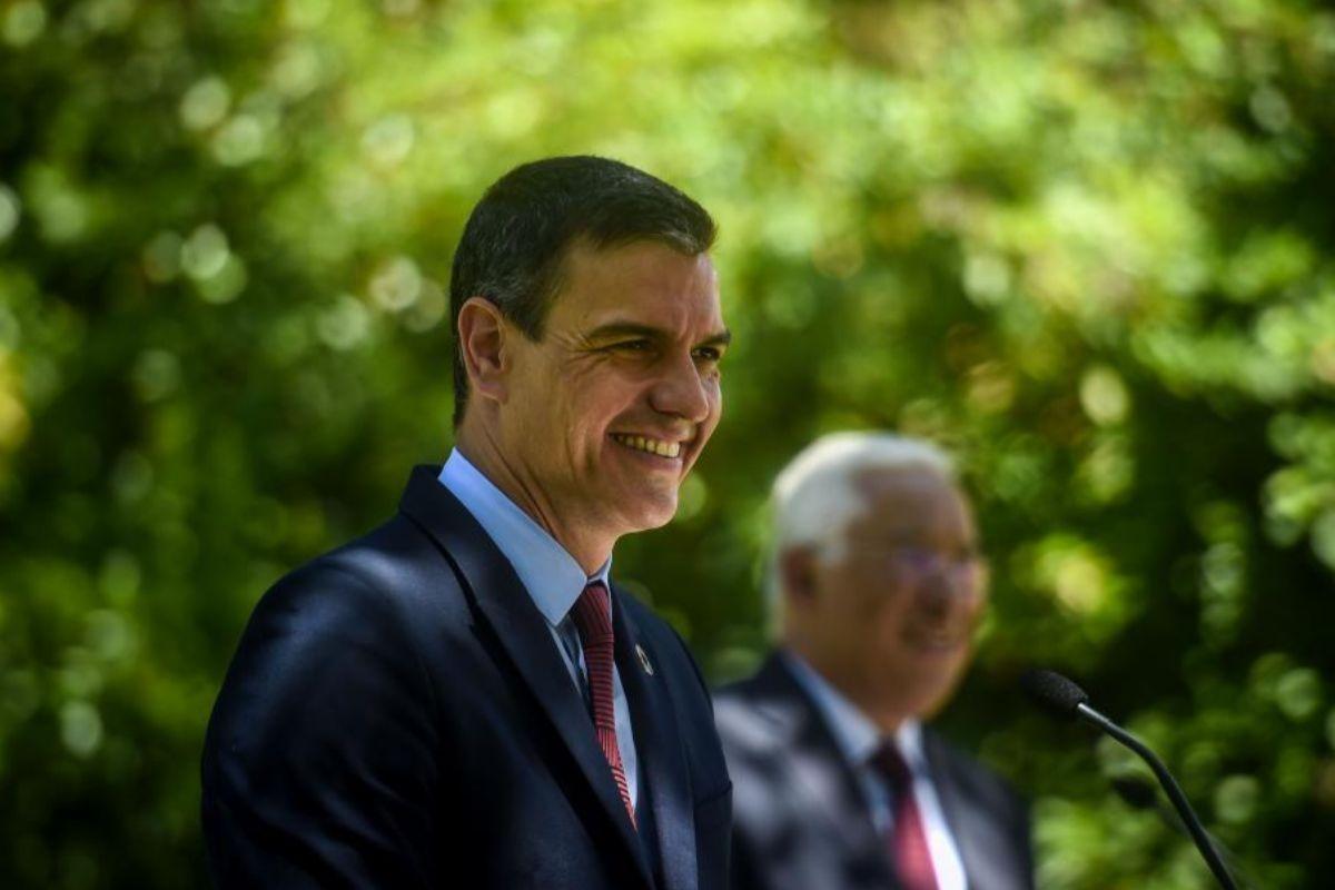 Sánchez, ayer en Lisboa, con el primer ministro portugués António Costa.