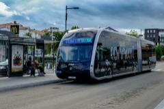 Un autobús de la empresa a la que pertenece el vehículo cuyo conductor fue brutalmente atacado