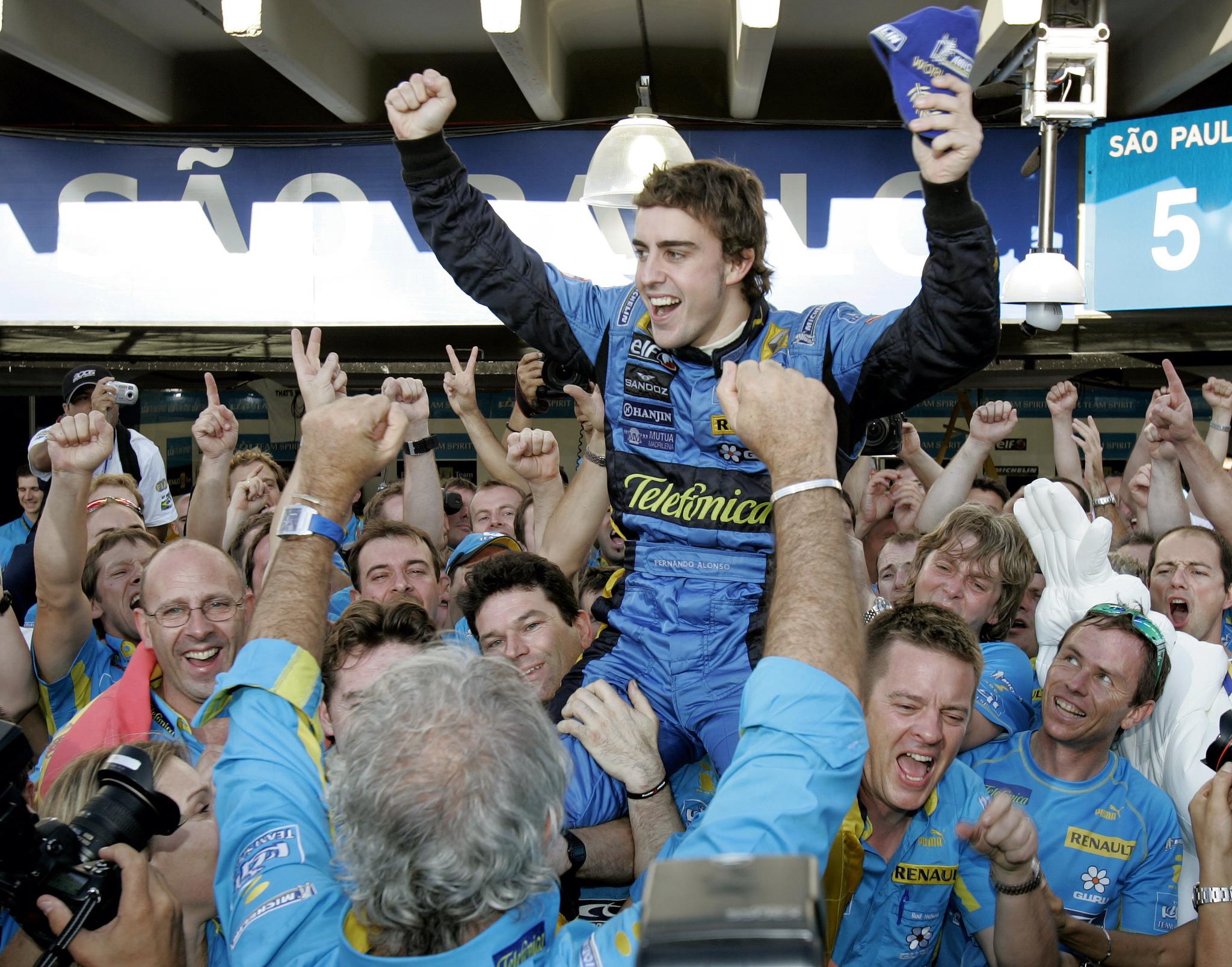 Fernando Alonso - Renault: La cuenta atrás de un acuerdo hasta 2022