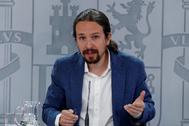 Pablo Iglesias, en su comparecencia desde La Moncloa, hoy.  J. J. GUILLÉN / EFE