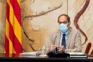 El president de la Generalitat Quim Torra, con mascarilla por el coronavirus, este martes durante la reunión semanal del Gover.