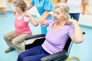 Mayor riesgo de lesiones y caídas, las secuelas físicas del confinamiento en la tercera edad