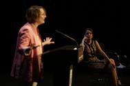 La directora, Natalia Menéndez, con la concejala Andrea Levy al fondo, este miércoles.
