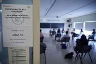 Examen de Selectividad en la Facultad de Derecho de Gerona este lunes.