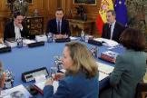Felipe VI preside la reunión del Consejo de Seguridad, con la asistencia, entre otros cargos de Pablo Iglesias.