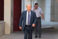 El ex alcalde de Granada, José Torres Hurtado, tras una declaración en los juzgados en 2016.