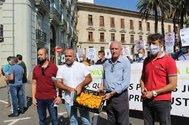 Los líderes de las asociaciones de agricultores, en la protesta de este viernes en Valencia.