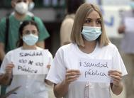 Concentración de sanitarios en un hospital de Madrid.