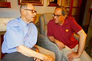El president Quim Torra felicita a Joaquim Illaspor su 110 cumpleaños.