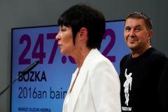 La candidata a 'lehendakari' por EH Bildu, Maddalen Iriarte, y Arnaldo Otegi.