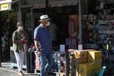 Los franceses cruzan la frontera pero el gasto extranjero sigue hundido