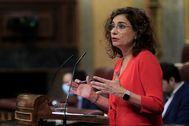 La ministra de Hacienda, María Jesús Montero, durante su intervención en el pleno del Congreso.